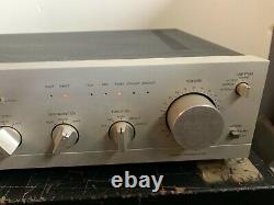 Harmon kardon HK 825 Pre-amplifier