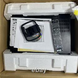 Marantz AV8801 11-Channel Pre-Amp Processor Amplifier Complete in box READ
