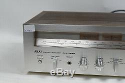 Akai Aa-1135 Stéréo Am / Fm Récepteur Amplificateur Vintage 1979 Fabriqué Au Japon